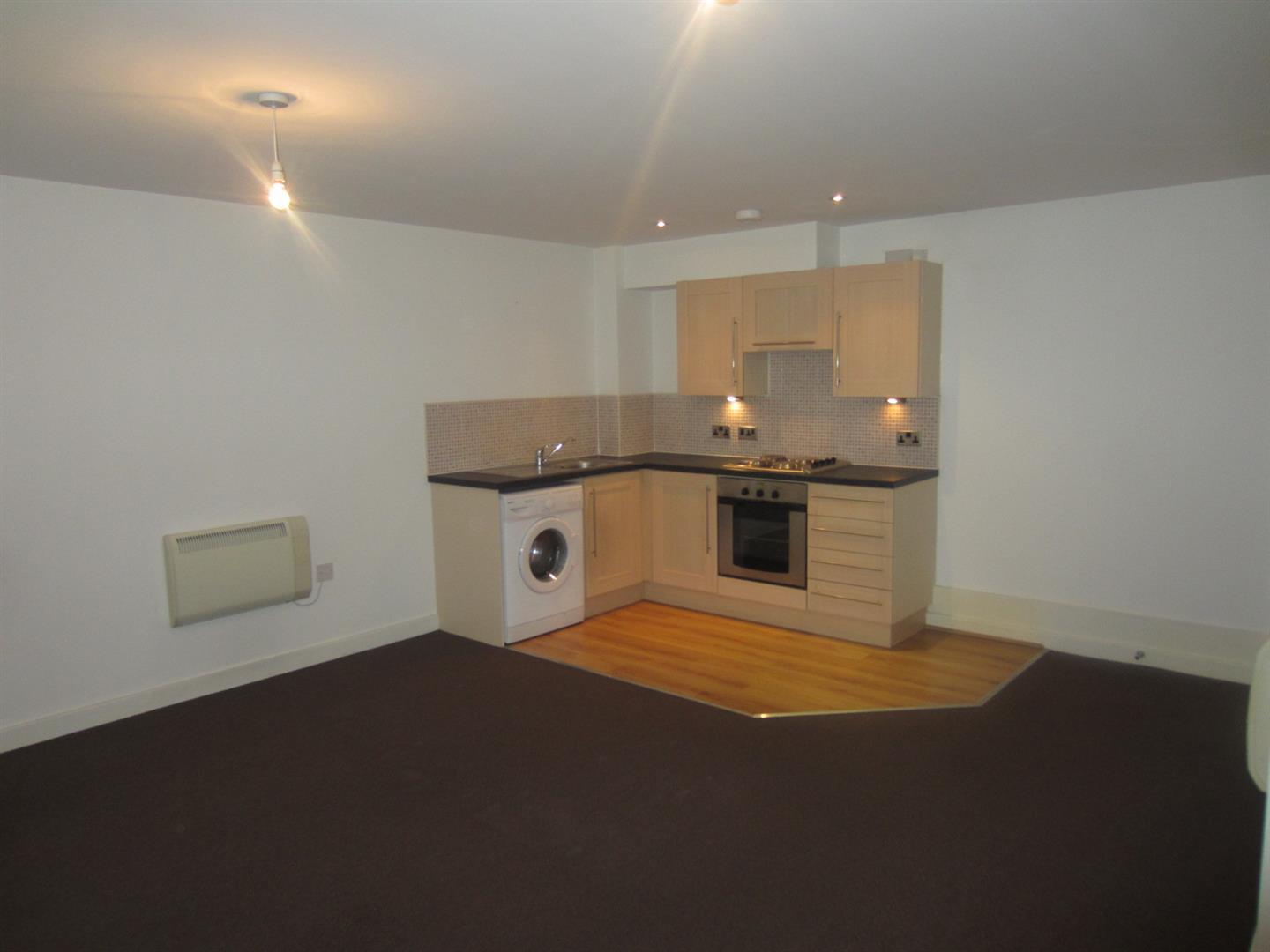 2 Bedrooms Apartment Flat for sale in Grimshaw Lane, Middleton, Manchester